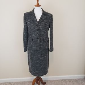 Evan Picone Black White Tweed Suit Size 10 Petite